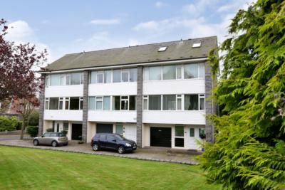 Thumbnail Mews house to rent in Queens Court, Bayview Road South