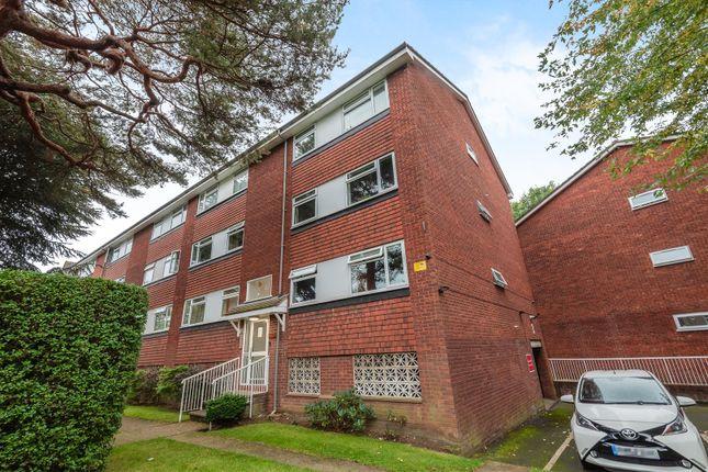 2 bed flat for sale in Parklands, Berrylands, Surbiton KT5