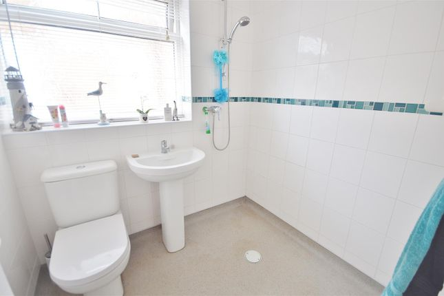 Wetroom of Hawthorn Road, Clacton-On-Sea CO15