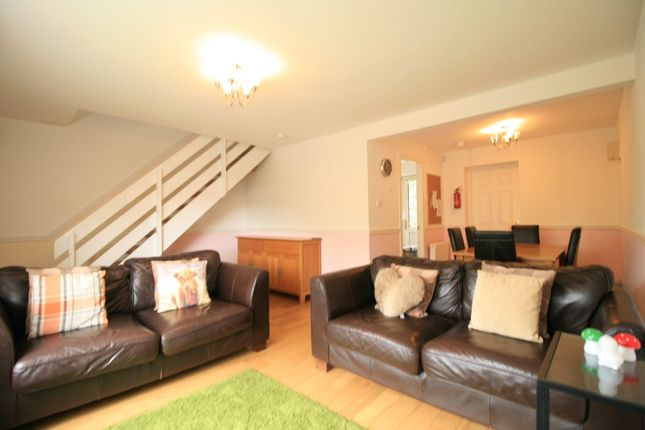 Photo 5 of Howth Terrace, Anniesland, Glasgow G13