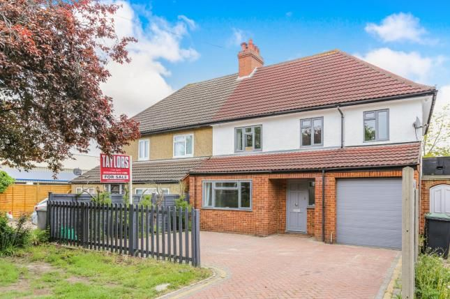 Thumbnail Semi-detached house for sale in London Road, Biggleswade, Bedfordshire