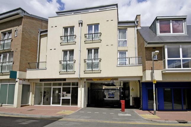 Thumbnail Flat to rent in Clarendon House, Cowleaze Road, Kingston Upon Thames