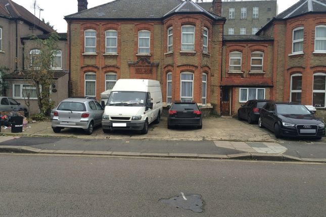 Thumbnail Studio to rent in F/F, Mansfield Road, Ilford
