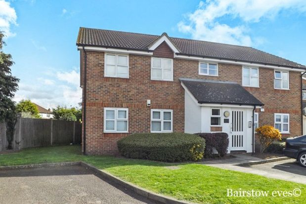Thumbnail Flat to rent in Palliser Drive, Rainham