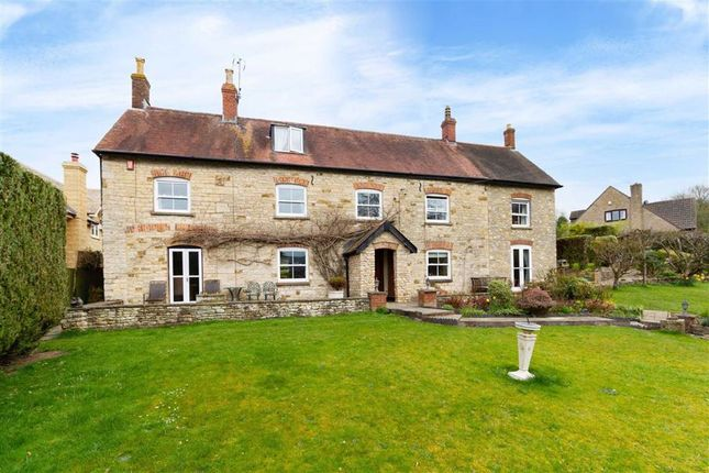 Thumbnail Detached house for sale in Springhill, Cam