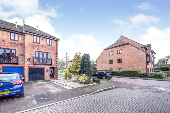 Picture No. 13 of Cricket Close, Coventry, West Midlands CV5
