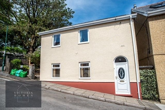 Thumbnail Detached house for sale in Dumfries Place, Brynmawr