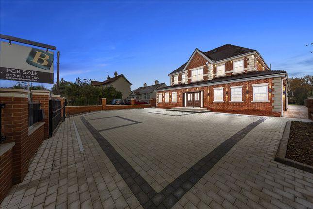 Thumbnail Detached house for sale in Ernest Road, Emerson Park