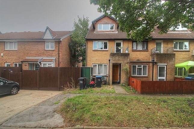 Maisonette to rent in Thorburn Way, Colliers Wood, London