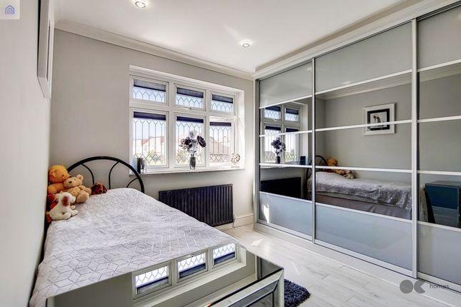 Bedroom 2 of Mashiters Hill, Romford RM1