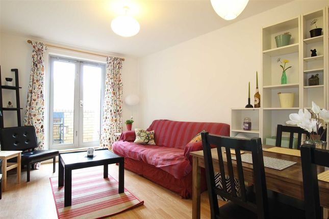 Thumbnail Flat to rent in Old Ford Road, London