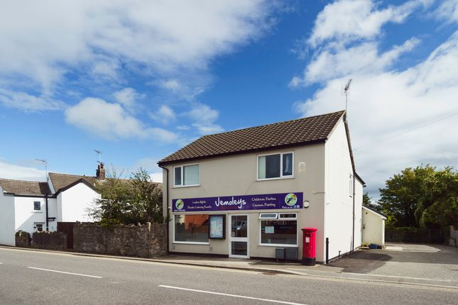 Thumbnail Restaurant/cafe for sale in Penyffordd, Chester