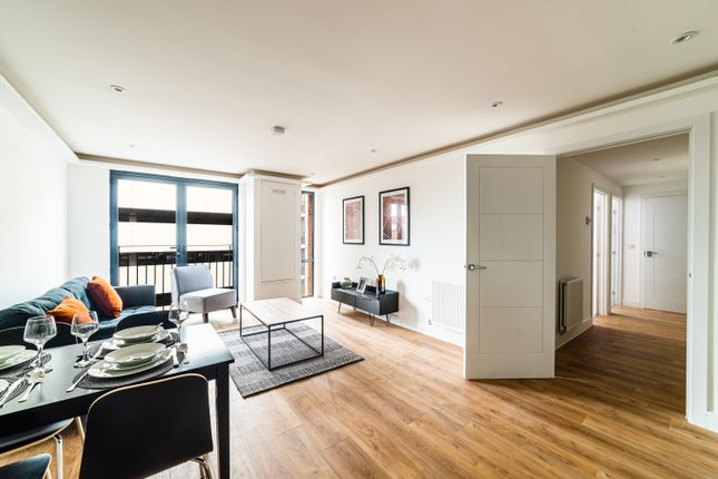Flat to rent in Lurke Street, Bedford