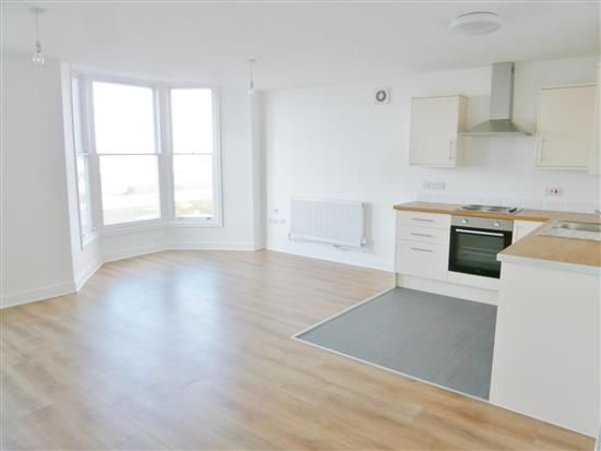 Thumbnail Flat to rent in Marine Road West, Morecambe