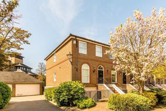 Thumbnail Flat to rent in King George Square, Richmond Hill