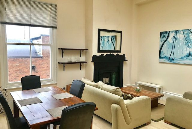 2 bed flat to rent in Canute Castle, Ocean Village, Southampton SO14