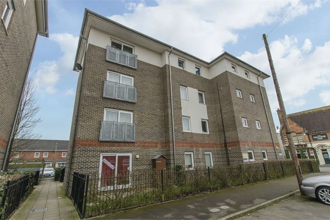 Thumbnail Flat to rent in 114 Chamberlayne Road, Eastleigh, Hampshire
