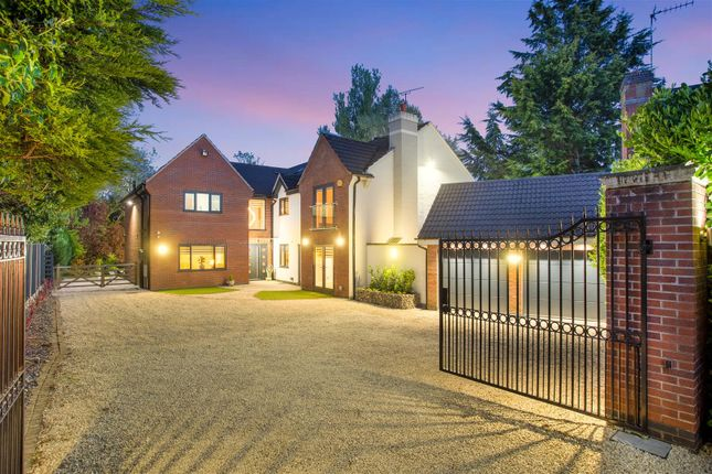Thumbnail Detached house for sale in The Spinney, Mancetter, Atherstone, Warwickshire