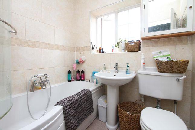 Bathroom of Hazeldene Gardens, Uxbridge UB10