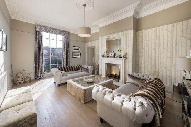 Beauchamp avenue leamington spa cv32 4 bedroom terraced for Garage beauchamp 95