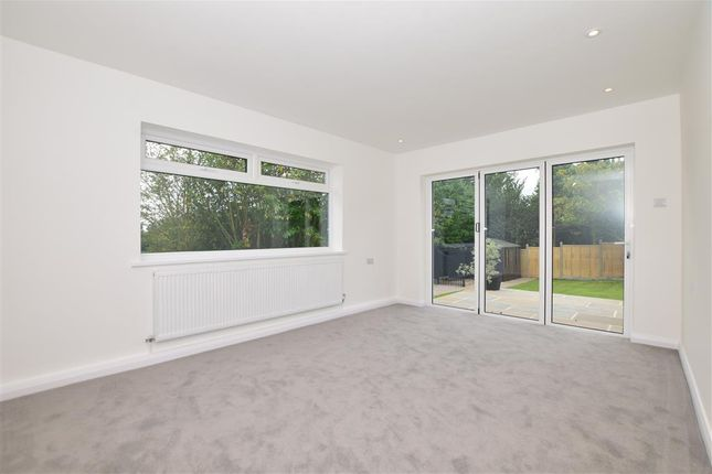 Thumbnail Detached bungalow for sale in Pratling Street, Aylesford, Kent