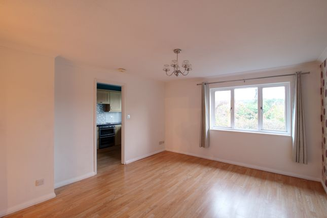 Thumbnail Flat to rent in Pixton Way, Forestdale