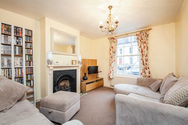 Thumbnail Terraced house for sale in High Street, Ipswich