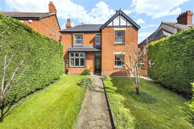 Thumbnail Detached house for sale in Cainscross Road, Stroud
