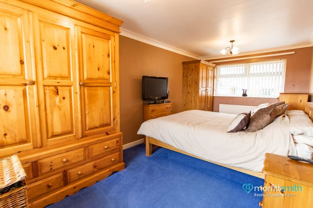 Master Bedroom of Cavendish Avenue, Loxley, - Cul-De-Sac Location S6