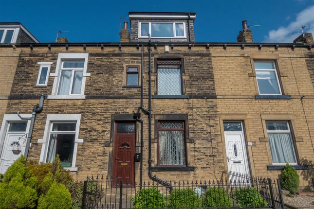 Terraced house for sale in Peterborough Terrace, Bradford