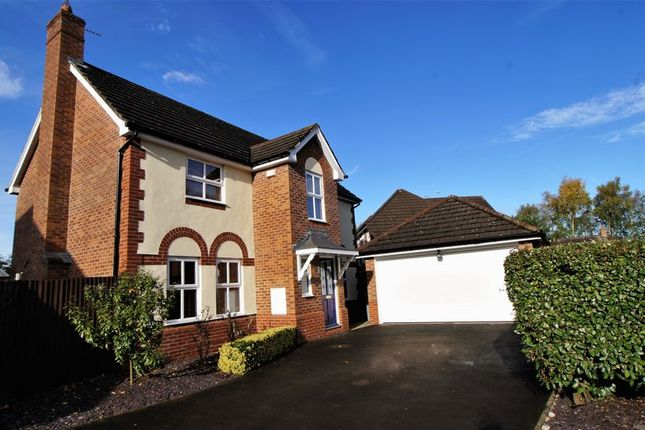 Thumbnail Property for sale in Hawthorn Villas, Holmes Chapel, Crewe