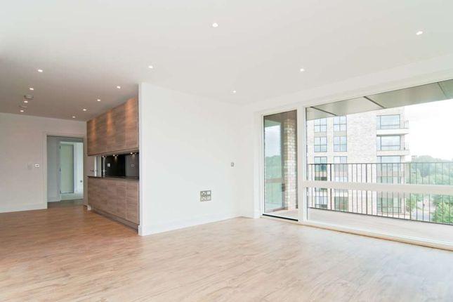 Thumbnail Flat to rent in Bodiam Court, Lakeside Drive, London