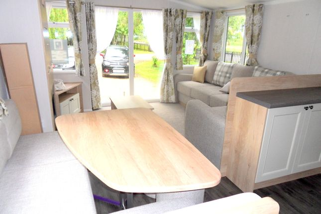 Dining Area of Silverhill Holiday Park, Lutton Gowts, Lutton, Spalding, Lincolnshire PE12