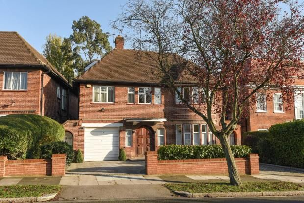 Thumbnail Detached house for sale in Fairholme Gardens, Finchley, London