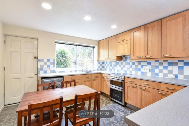 Thumbnail End terrace house to rent in Chatham Street, London