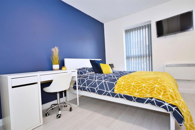 Thumbnail Flat to rent in Southfield Road, Middlesbrough