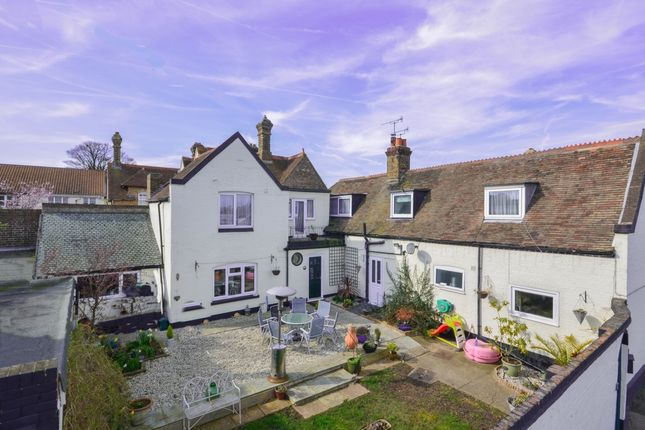 6 bed terraced house for sale in Hawksdown, Walmer