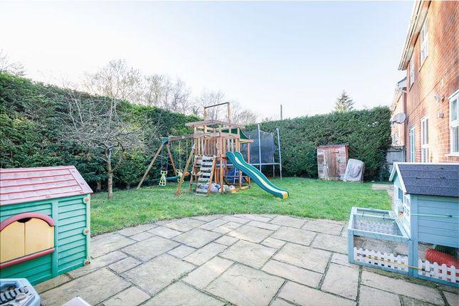 Photo 10 of Abergavenny Gardens, Copthorne, West Sussex RH10