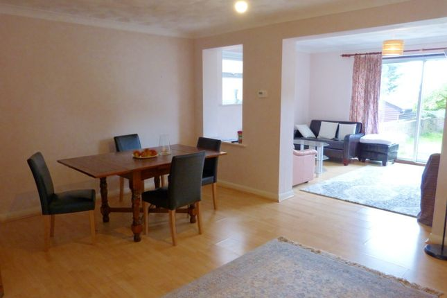 Thumbnail Semi-detached house to rent in Seaview Road, Woodingdean, Brighton