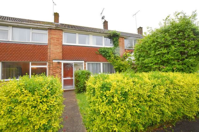 Thumbnail Terraced house for sale in Long Meadow, Aylesbury
