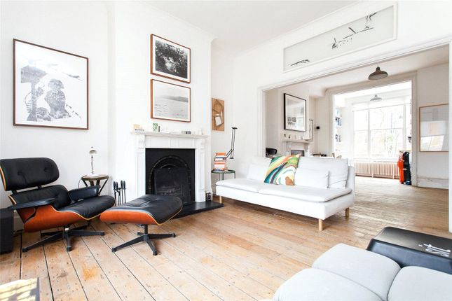 Thumbnail Detached house to rent in Darnley Road, Hackney