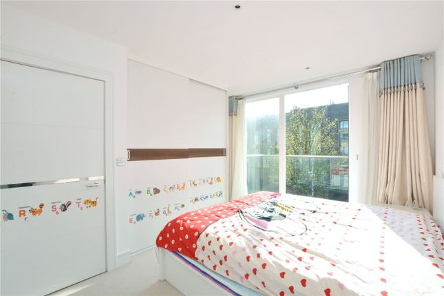 Bedroom of Tizzard Grove, Blackheath, London SE3