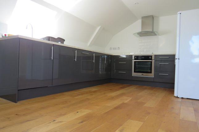 Thumbnail Flat to rent in High Street, Welwyn