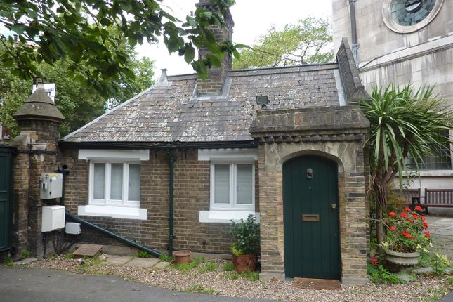 Thumbnail Property to rent in St Andrews Street, London