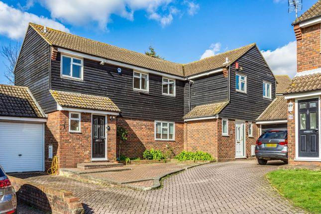 Thumbnail Property for sale in Cairns Avenue, Woodford Green, Essex