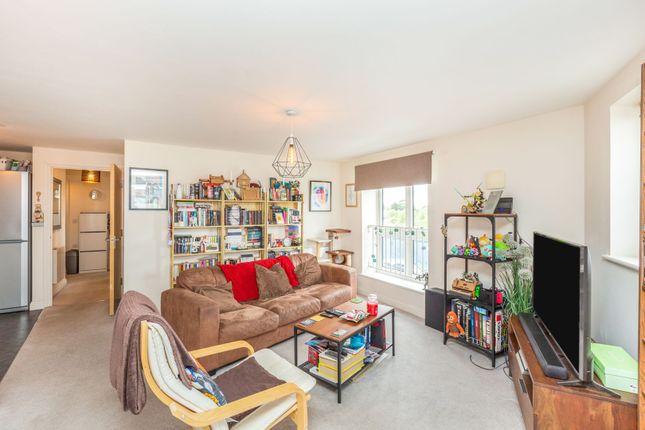 Living Room of Edge Street, Aylesbury HP19