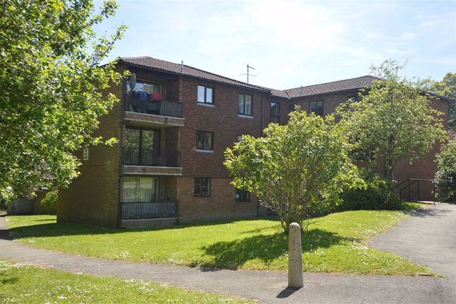 Thumbnail Flat to rent in Hubbards Hill, Crowborough