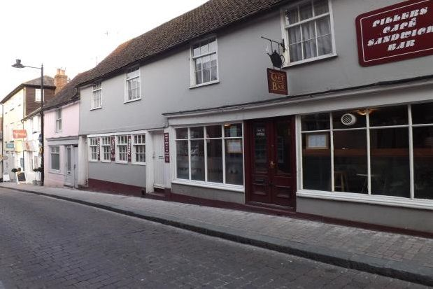 Thumbnail Flat to rent in Market Street, Lewes