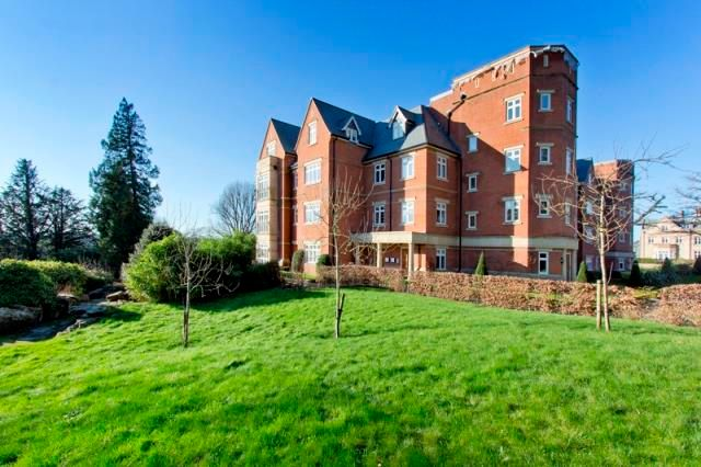 Flat to rent in Penshurst Road, Penshurst, Tonbridge