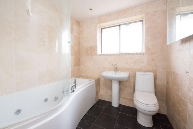 Bathroom of Alexandra Close, Walton-On-Thames KT12